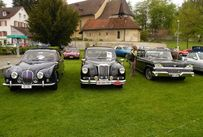 Trimoba AG / Oldtimer und Immobilien,li-re: Jaguar MKII/340  Jg.1968 210PS / Riley Pathfinder Jg. 1955  , 4Zyl. 2400ccm ; 103PS / Ford Fairlane 500 Luxusmodell 1958